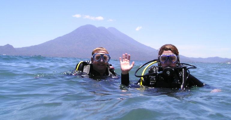 Buceo en el Lago Atitlán
